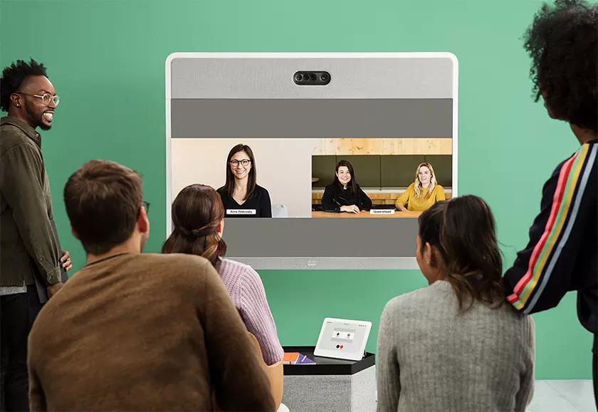Linko_Cisco WebEx_Video meeting in different scale